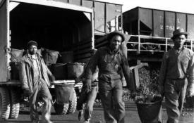 African American workers at Oak Ridge during the Manhattan Project