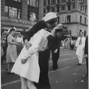 The famous photo of a Times Square celebration of the Japanese surrender